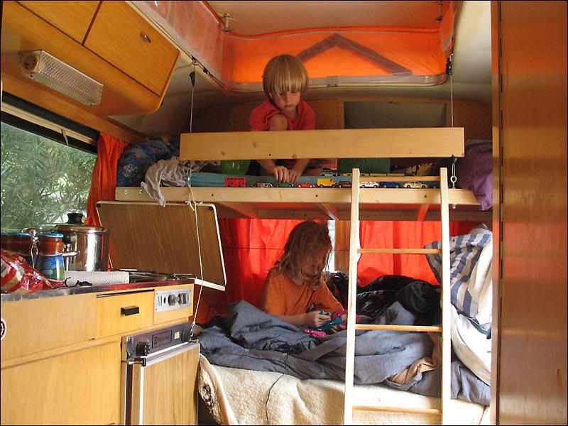 Etagenbett Vw Bus : Etagenbett vw bus das micro und spielhaus gunook